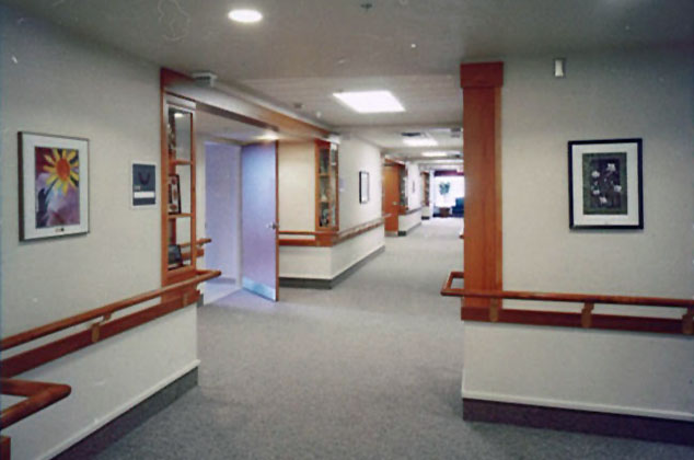 9805 Int Hall z05